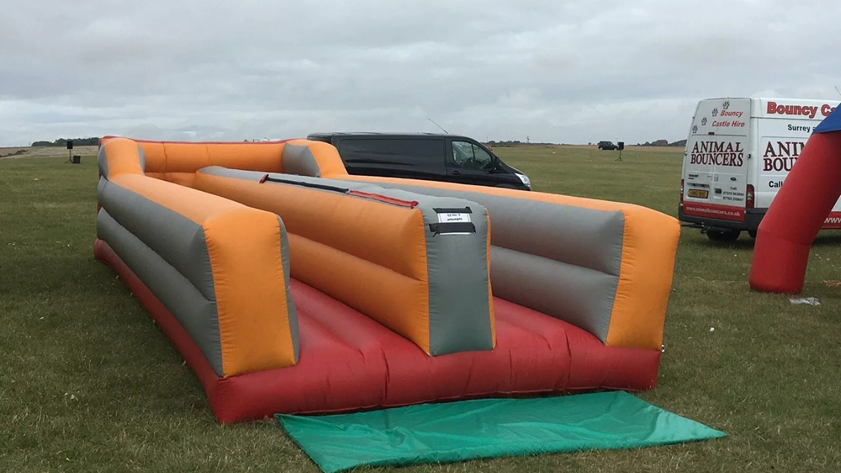inflatable bungee run hire london